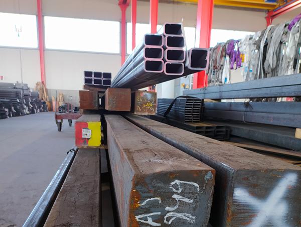 magazzino_2_ambrogio_officine_metalliche_lavorazioni_cuneo_carpenteria