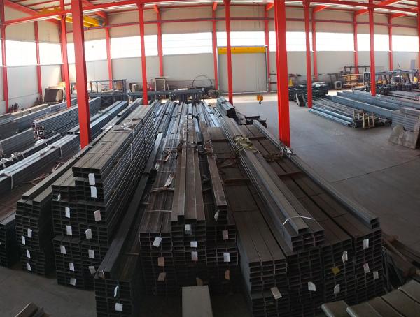 magazzino_3_ambrogio_officine_metalliche_lavorazioni_cuneo_carpenteria